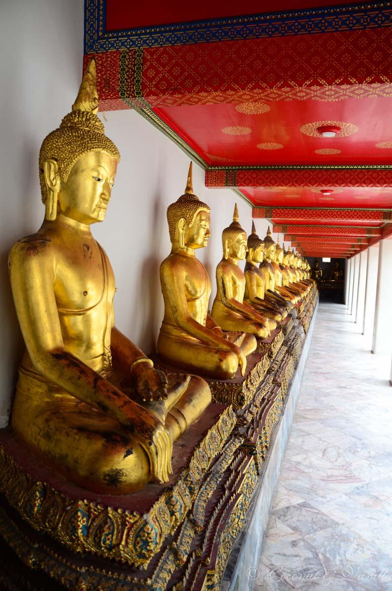 Bangkok golden Buddhas