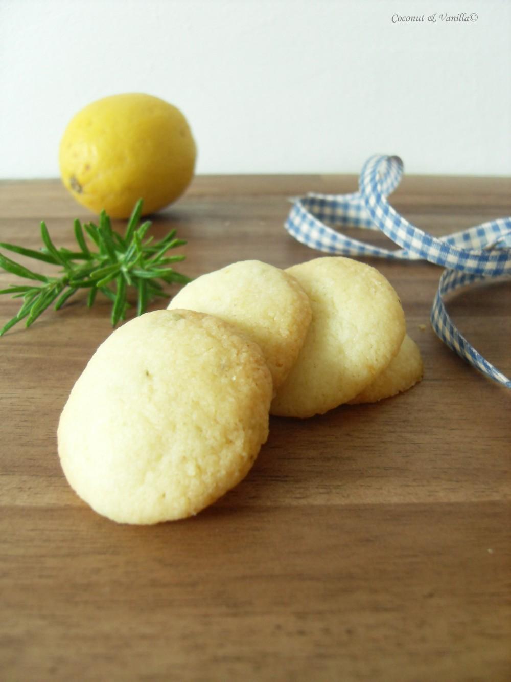 Zitronen-Rosmain-Kekse