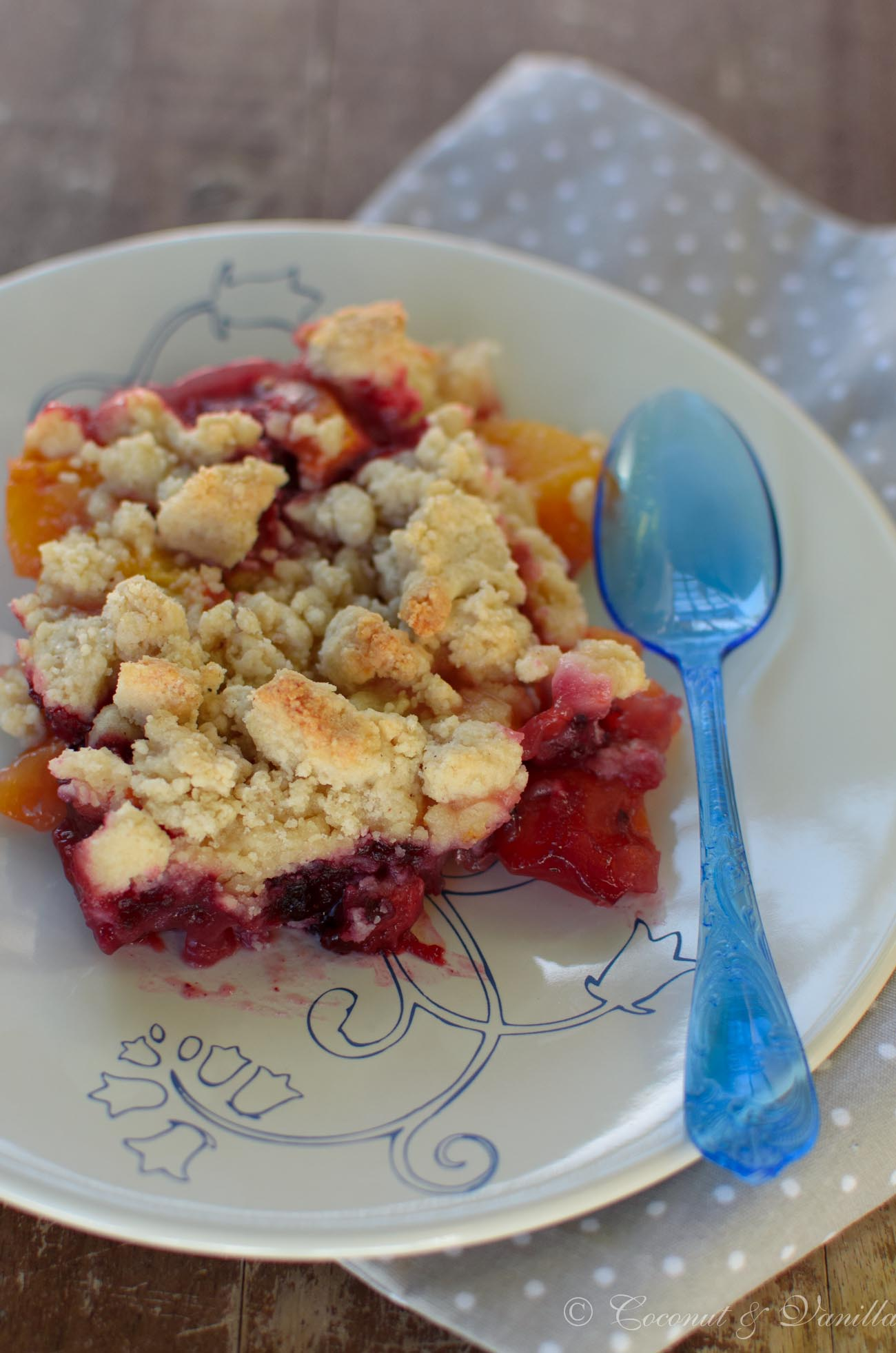 Peach Blackberry Crumble [gluten-free]