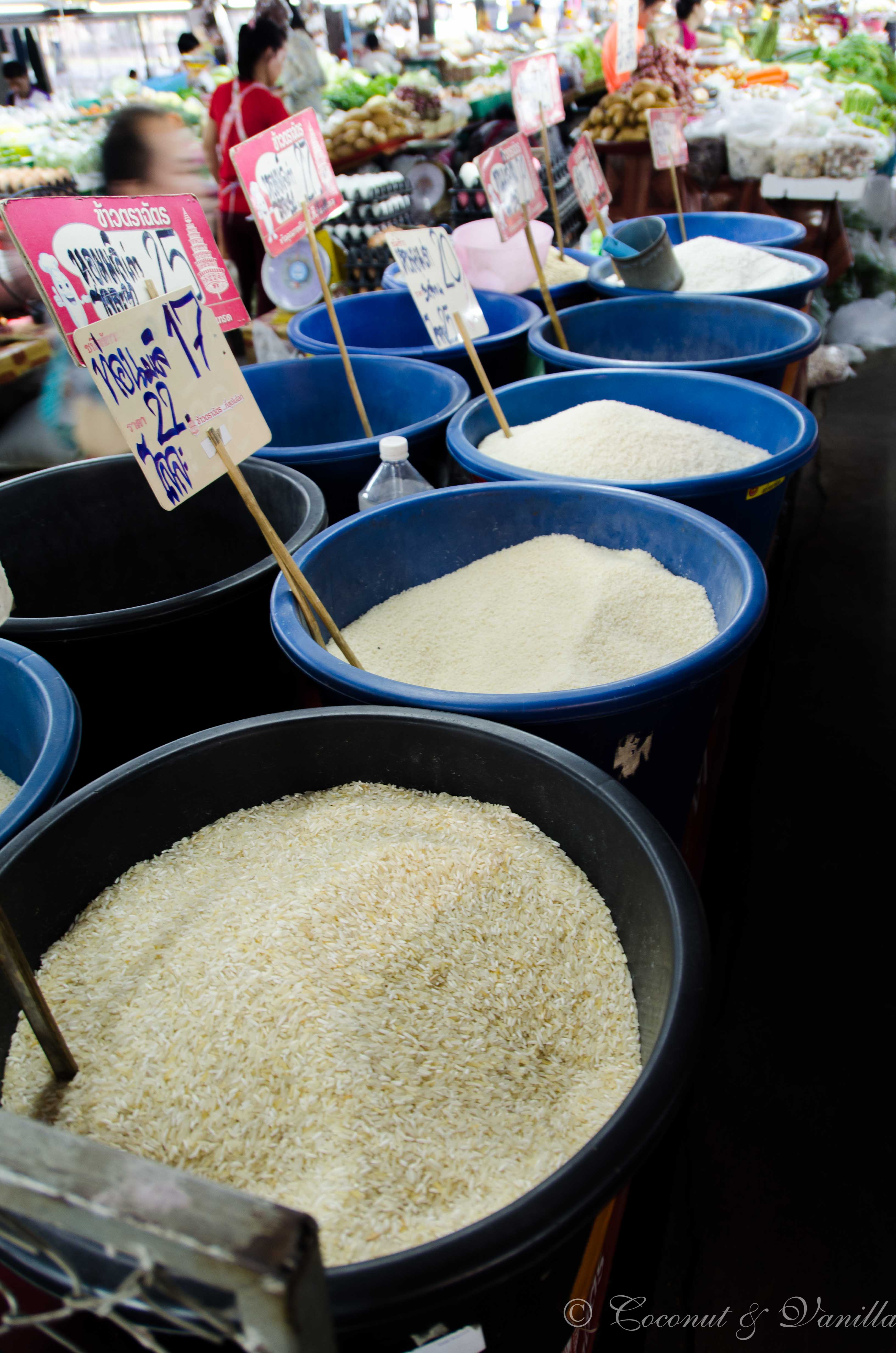 Markt in Chiang Mai Thailand: Reis ohne Ende, by Coconut & Vanilla