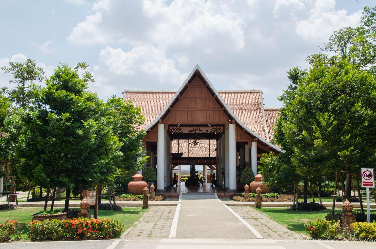 Flughafen bei Sukhothai by Coconut & Vanilla
