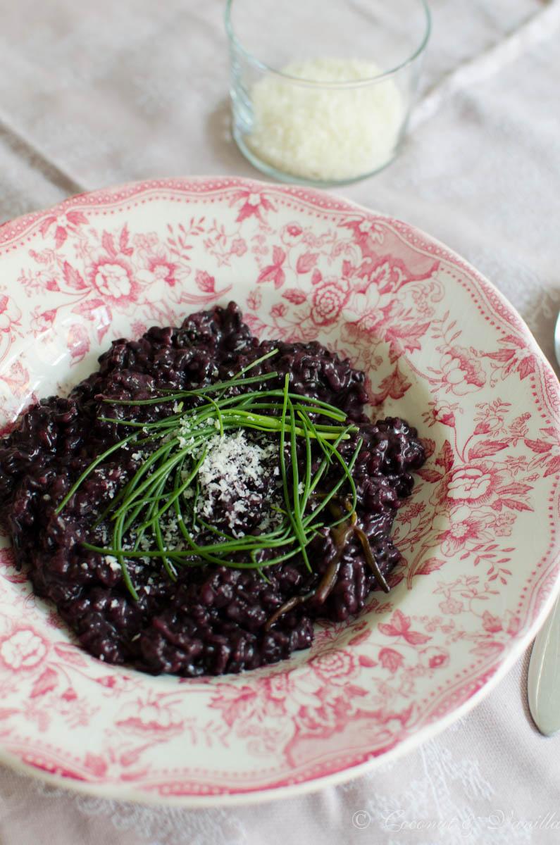 schwarzes Risotto de Venere mit Mönchsbart