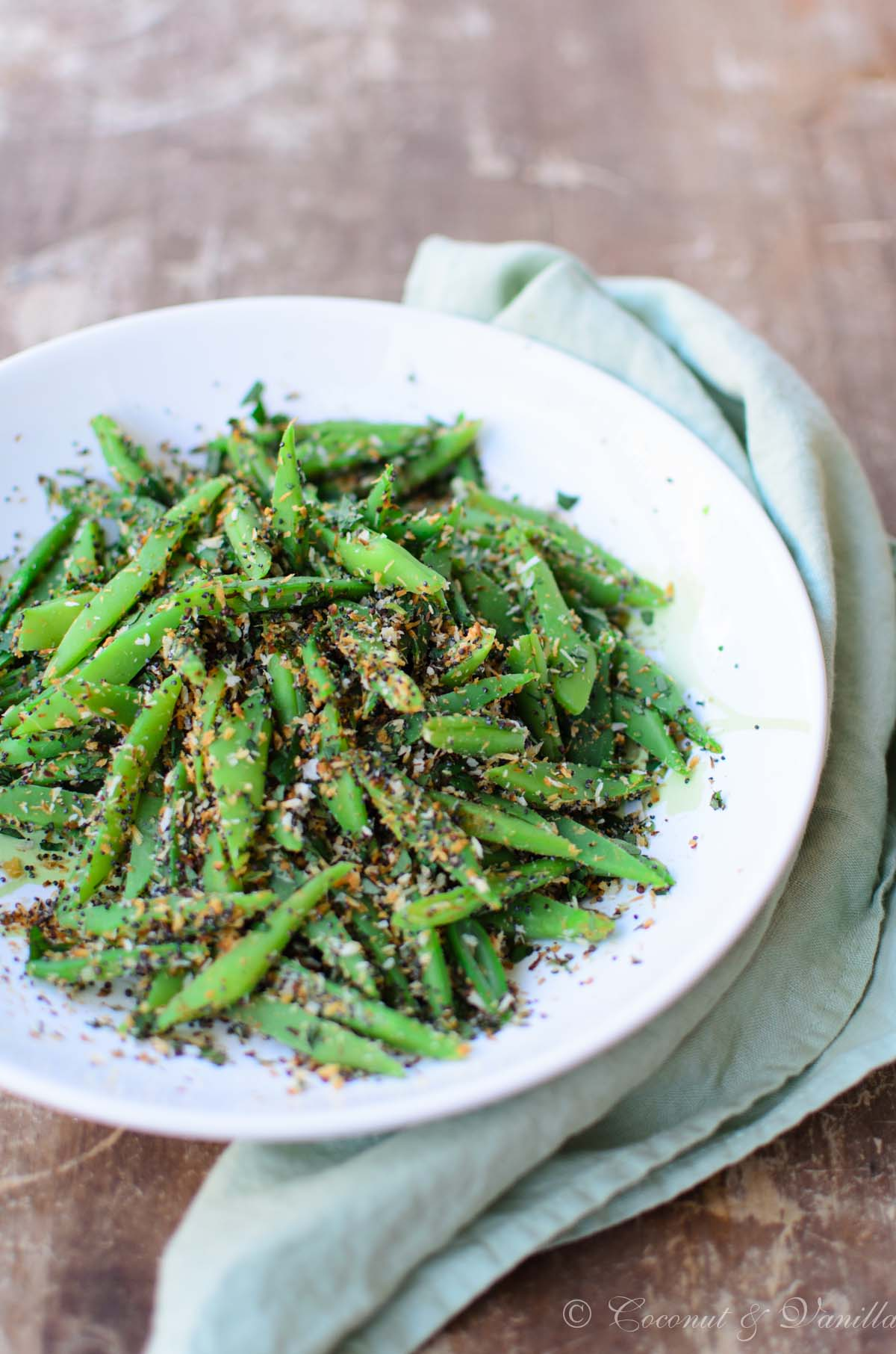 green Beans with Coconut and Poppyseeds