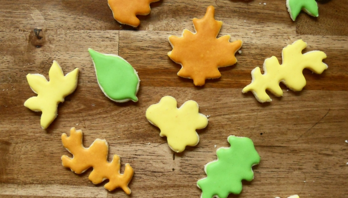 Decorated Sugar Cookies with the Daring Bakers [gluten-free]