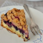 Blackberry Cake with Cinnamon Streusel