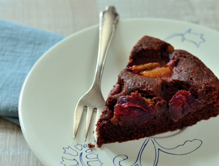 Cooking through la Tartine Gourmande: Chocolate and plum almond cake