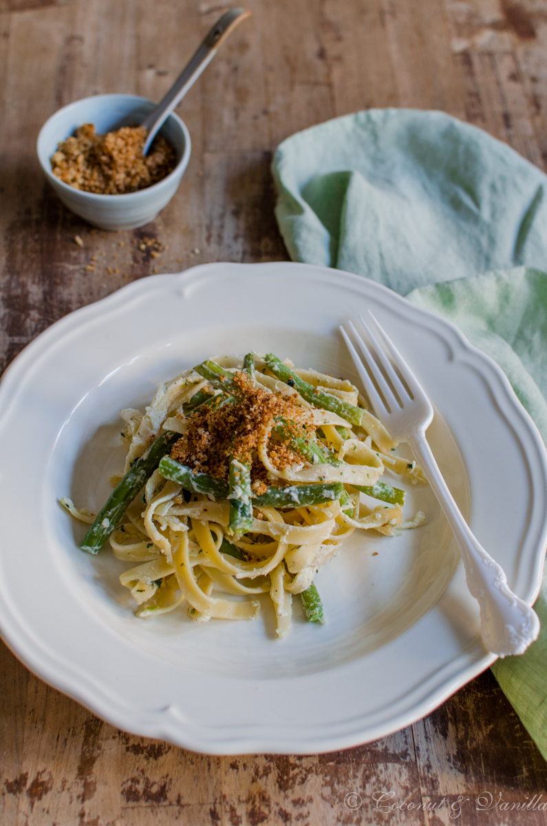Green Beans on Lemon Pasta with Garlic Crumbs